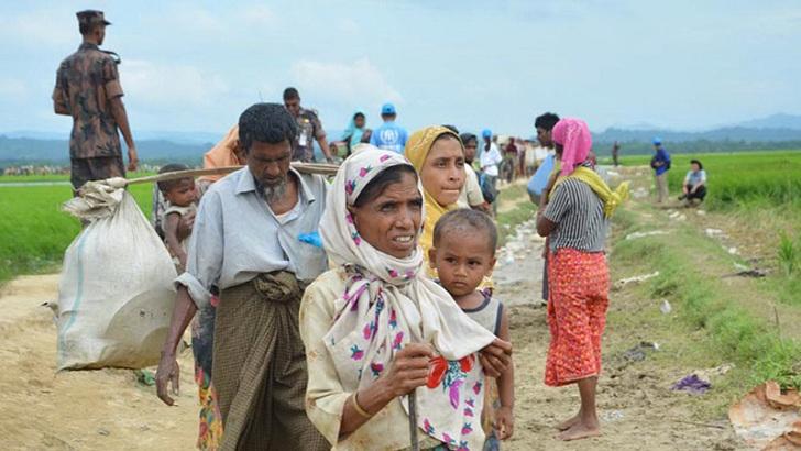 রাখাইনে রোহিঙ্গাদের গ্রাম ঘুরে দেখলেন পররাষ্ট্রমন্ত্রী